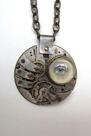 photo of steampunk pendant